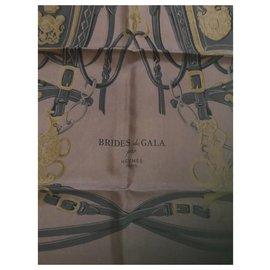 Hermès-Carré Hermès 90 Dip Dye Brides de Gala Marron-Chocolat