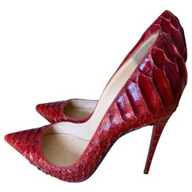 Christian Louboutin-Donc Kate-Rouge