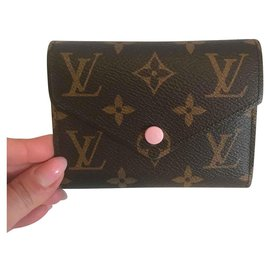 Louis Vuitton-portefeuilles-Marron