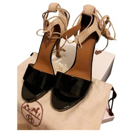 Hermès-Sandals-Black,Beige