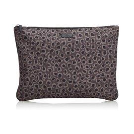 Gucci-Pochette en nylon à imprimé léopard-Marron
