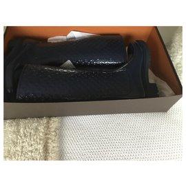 Louis Vuitton-Bottes en caoutchouc-Bleu foncé