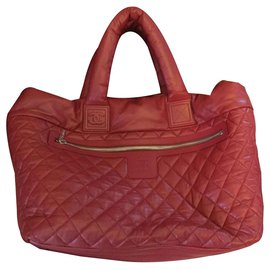 Chanel-shopping bag cocoon-Red