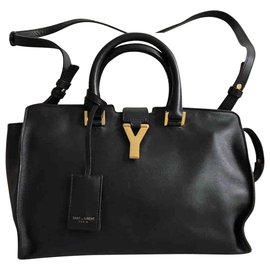 caf26741e5 Second hand Yves Saint Laurent Handbags - Joli Closet