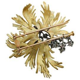 Chaumet-Broche Chaumet en or jaune et platine, diamants.-Autre