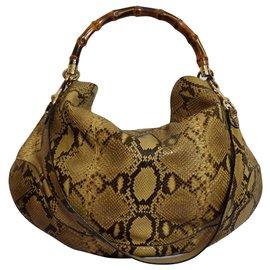 26b53acacc60 Second hand Bags - Joli Closet