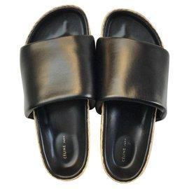 Céline-Sandals-Black