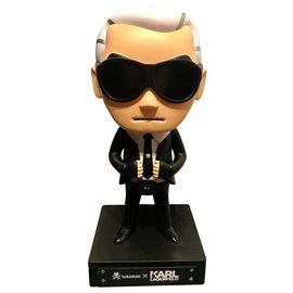 Karl Lagerfeld-Misc-Noir