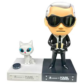 Karl Lagerfeld-Karl Largerfeld and Choupette-Black