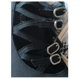 Chanel-Chanel model-Black