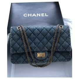 Chanel-with box jumbo 2.55 Reissue 227-Blue