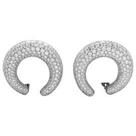 Cartier-Boucles d'oreilles Cartier en or blanc, diamants.-Autre