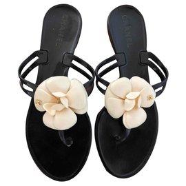 Chanel-Camellia Flip Flops-Black