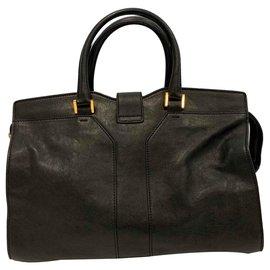 Yves Saint Laurent-CHYC medium size handbag-Black