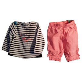 3pommes-Girl's T-shirt and bermuda set 6 months old. marked 3 Apples-Other