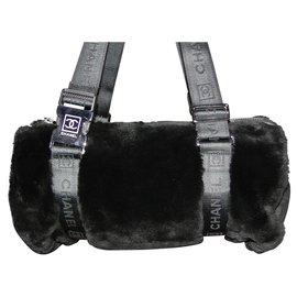 Chanel-Sac CHANEL Boston fourrure synthétique-Noir