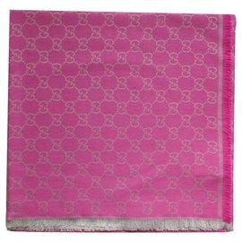 Gucci-ECHARPE GUCCI. 140 x 140. du rose-Rose