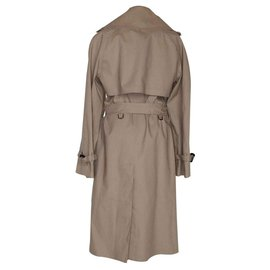 Gucci-Trenchs-Beige