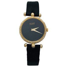 """Van Cleef & Arpels-Montre Van Cleef & Arpels, modèle """"PA 49"""" en or jaune, diamants et cuir.-Autre"""