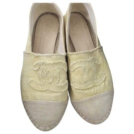 Chanel-Chanel Light yellow espadrilles EU37-Yellow