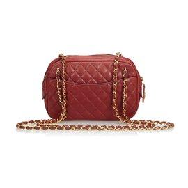 Chanel-Sac appareil photo matelassé en cuir d'agneau-Rouge