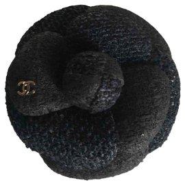 Chanel-Chanel, Broche Camélia tweed noir-Noir