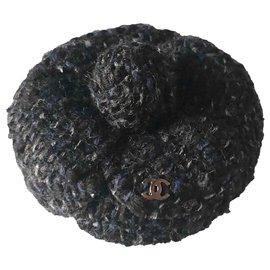 Chanel-Chanel, Broche Camélia tweed gris noir-Noir,Gris