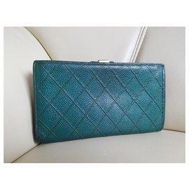 Chanel-portefeuilles-Vert