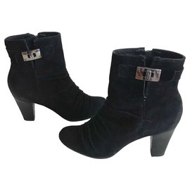 Geox-Black suede ankle boots-Black