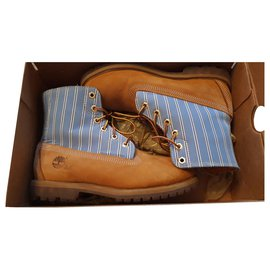 Timberland-Ankle Boots-Mustard