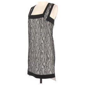 Givenchy-Robe-Noir