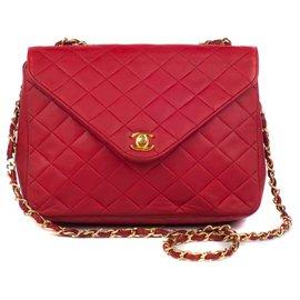 Chanel-Sac Chanel Mademoiselle vintage en cuir matelassé rouge, bijouterie dorée en bon état général !-Rouge