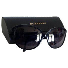 Burberry-Sunglasses-Black