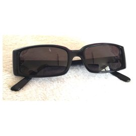 Guess-Des lunettes de soleil-Noisette