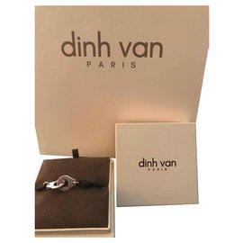 Dinh Van-R8-Argenté