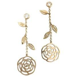"""Chanel-Boucles d'oreilles Chanel """"Camélia"""" or jaune, diamants.-Autre"""