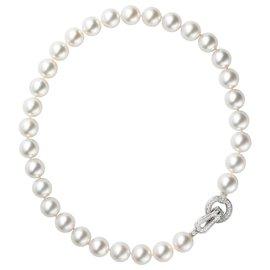 "Cartier-Collier de perles Cartier collection ""Agrafe"", fermoir en or blanc et diamants.-Autre"