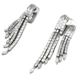 inconnue-Boucles d'oreilles en or blanc, diamants baguettes et navettes.-Autre