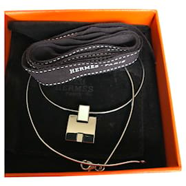 Hermès-EILEEN necklace and pendant in paladié-White