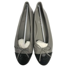 Chanel-CHANEL LEATHER BALLERINA (grained calf) taille 38 / NEW & NEVER SERVED-Black,Grey