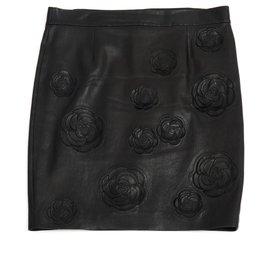 Chanel-BLACK LEATHER CAMELIA FR44-Black