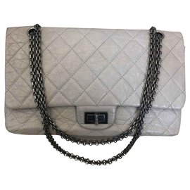 Chanel-Reissue 2.55-Gris