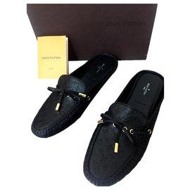 Louis Vuitton-Souliers-Noir