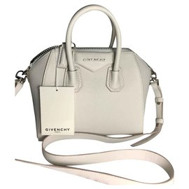 ab3a44ccb8 Givenchy-GIVENCHY ANTIGONA MINI BLANC WHITE NEW NEVER WORN IT SAC NO OFFER- White ...
