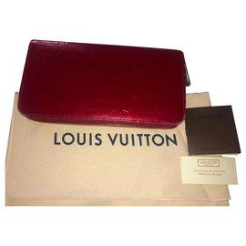 Louis Vuitton-Portefeuille LV Vernis Zippy-Rouge