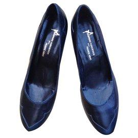 Gaspard Yurkievich-Two-tone leather pumps-Black,Blue