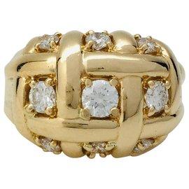 Van Cleef & Arpels-Bague dôme Van Cleef & Arpels en or jaune et diamants.-Autre