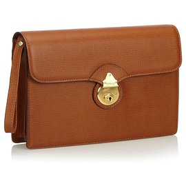 Burberry-Pochette en cuir marron Burberry-Marron
