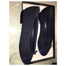 Chanel-Ballet flats Chanel black/blue/black-Blue