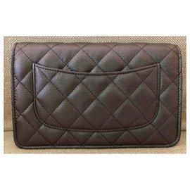 Chanel-Portefeuille Intemporel sur Chaîne-Noir